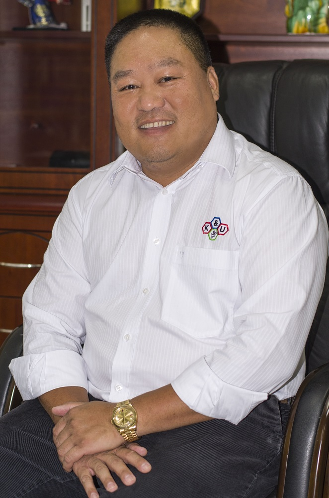 Mr. James Hiếu Nhơn Khưu